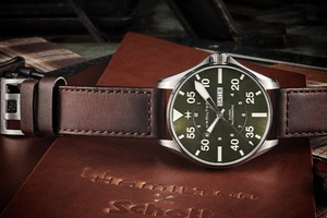 Edition limitée HAMILTON : Khaki aviation pilot SCHOTT NYC