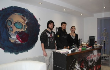 M con ftp tattoo shop s 39 installe place carnot l for Macon tattoo shops
