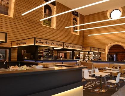 restaurants bars et l 39 ensemble des loisirs m con. Black Bedroom Furniture Sets. Home Design Ideas