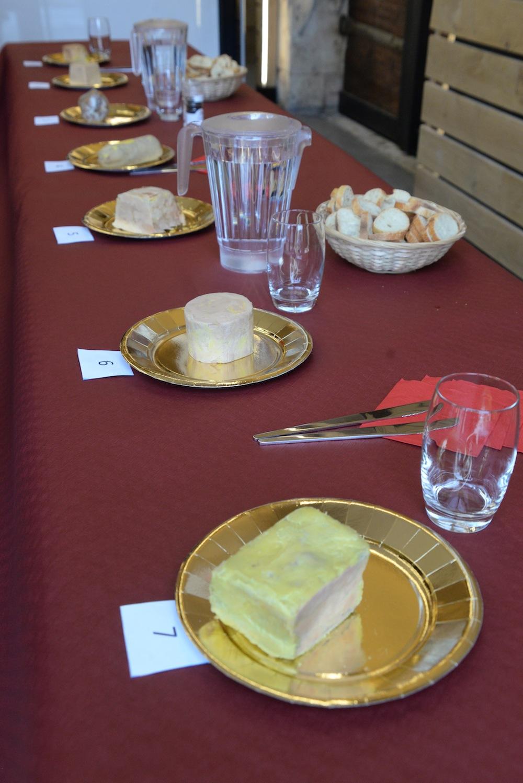 et le meilleur foie gras du centre ville se trouve chez lebeau l actualit du centre. Black Bedroom Furniture Sets. Home Design Ideas