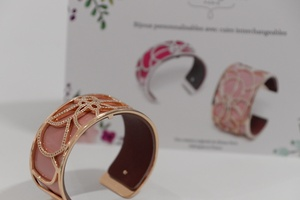 bracelets personnalisables les georgettes toutes les offres du moments m con. Black Bedroom Furniture Sets. Home Design Ideas