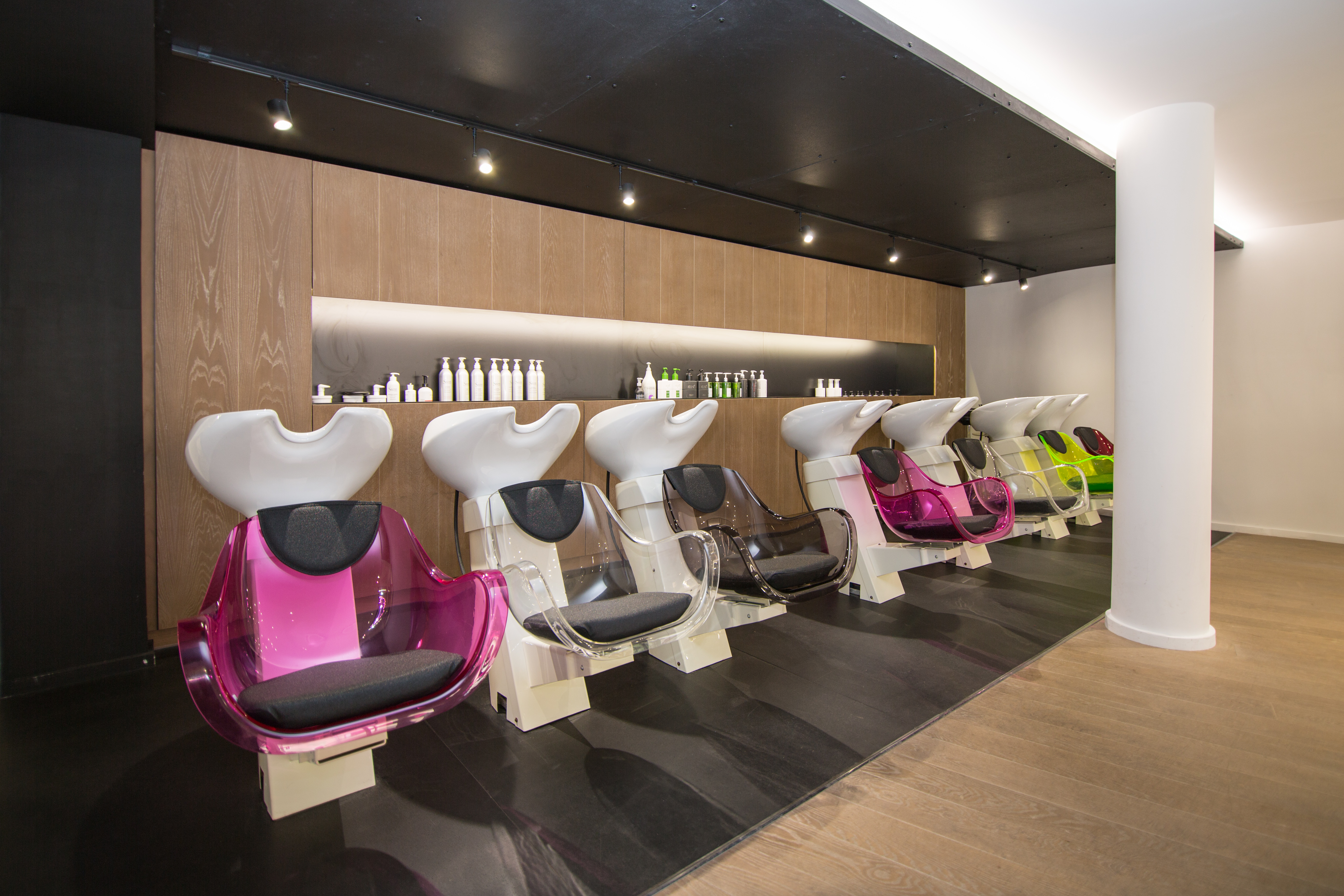 Le salon de coiffure m con tendance for Chip salon de coiffure